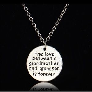 Grandmother 👵🏽 necklace